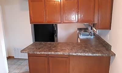 Kitchen, 1003 N Dakota Ave, 1