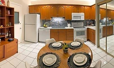 Kitchen, 1520 McKinley St 118E, 1