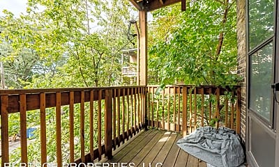 Patio / Deck, 4886 N Magnolia Ave, 2