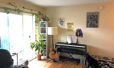 Living Room, 1501 Portland Ave, 0