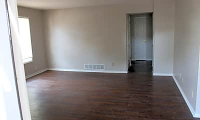 Living Room, 501 Vilas  C, 1