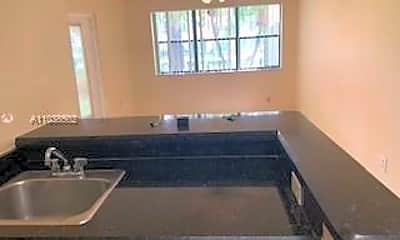 Kitchen, 550 S Park Rd 16-8, 1
