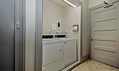 Bathroom, 2311 Connecticut Ave NW 403, 2