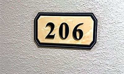 1125 S Walnut St 206, 2