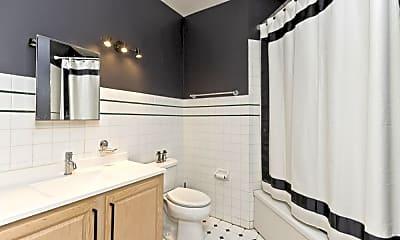 Bathroom, 1470 N Milwaukee Ave, 0