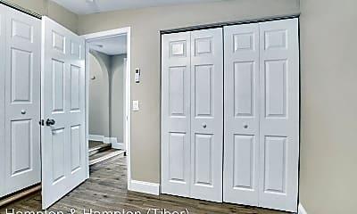 Bedroom, 2209 Corliss Dr, 2