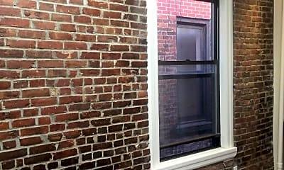 Patio / Deck, 400 E 74th St, 1