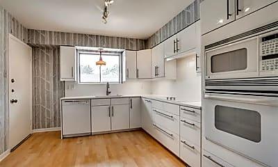 Kitchen, 6115 Averill Way D, 1