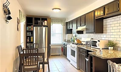 Kitchen, 38 Lawrence Ave 2, 0