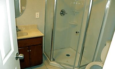 Bathroom, 7519 Vermont Ave, 2