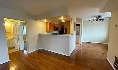 Living Room, 2510 Markham Ln 5, 1