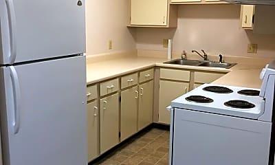 Kitchen, 2009 W Woodriver Dr, 1