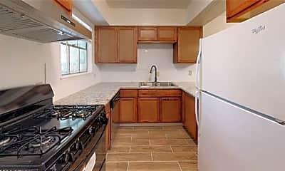 Kitchen, 308 College St A-D, 1