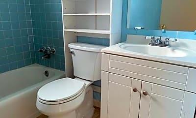 Bathroom, 2124 Amelia Rd, 2