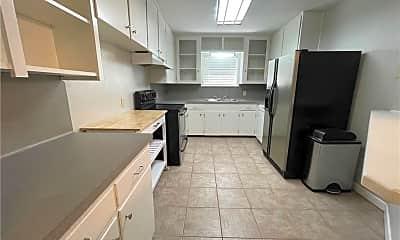 Kitchen, 418 Waverly Dr, 1