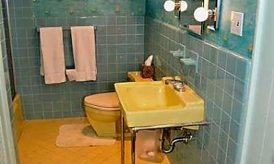 Bathroom, 56 Gulf Shore Blvd S, 2