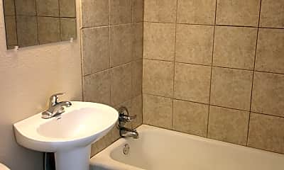 Bathroom, 1646 S Vine St, 2