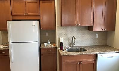 Kitchen, 11 Bay Ave, 1