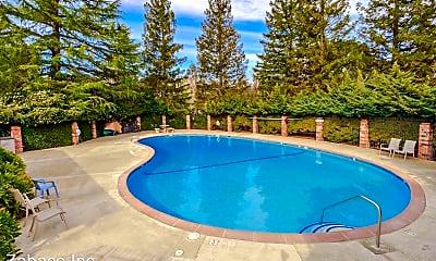 Pool, 2810 Pole Line Rd, 2