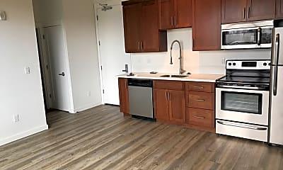 Kitchen, The Roux, 1