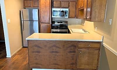 Kitchen, 2215 9th St, 2