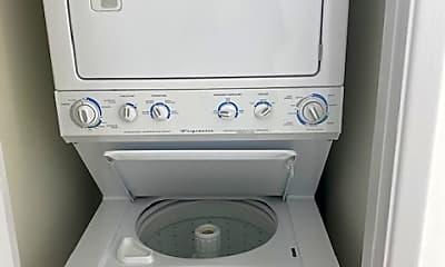 Bathroom, 717 Camino Porvenir, 2