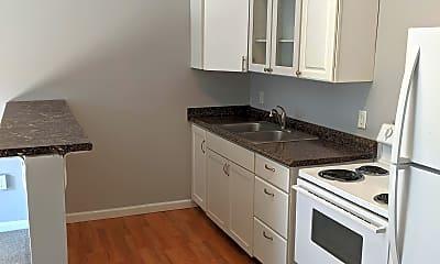 Kitchen, 513 East St, 1