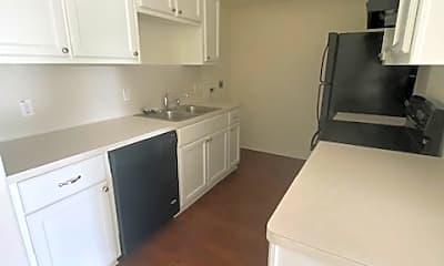 Kitchen, 500 Vicki Dr, 1