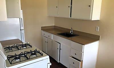 Kitchen, 2335 Boxwood St, 2
