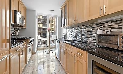 Kitchen, 250 E 53rd St, 1