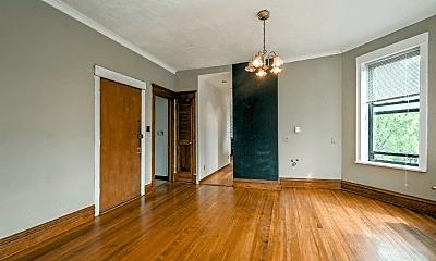 Living Room, 3260 W Belden Ave, 1