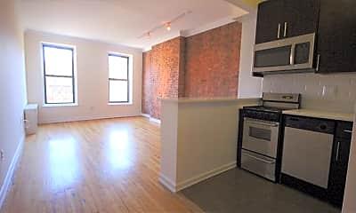 Kitchen, 906 Amsterdam Ave, 1