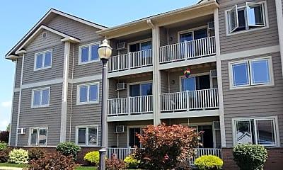 Starlight Estates Apartments, 2