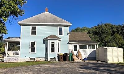 Building, 305 E Crystal Lake Ave, 1