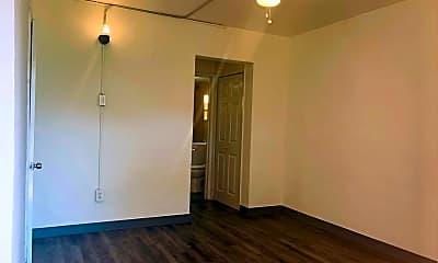 Bathroom, 448 NW 7th St, 2
