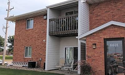 Regency Place Apartments, 2