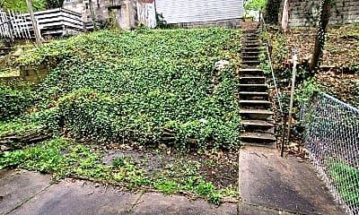 Patio / Deck, 247 Watson Blvd, 2