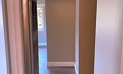 Bathroom, 5499 Claremont Ave, 2