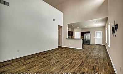Living Room, 2902 Tilmon Ln., 1