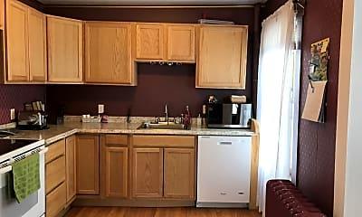 Kitchen, 62 South St, 1