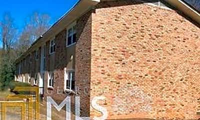 Building, 1586 Line St, 2