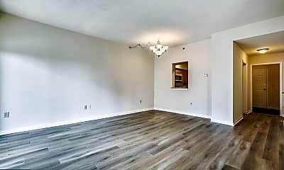 Living Room, 610 N West St 505, 1