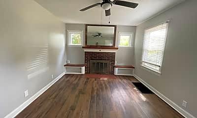 Living Room, 1517 Shingo Ave, 1