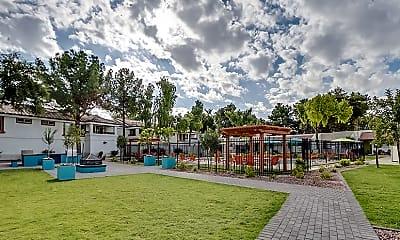 Playground, Omnia Baseline, 2