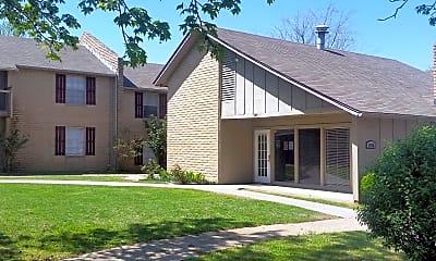 Building, Knollwood, 1