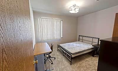 Bedroom, 505 E Stoughton St, 1