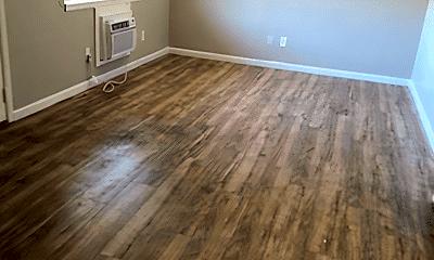 Living Room, 2311 Laramie Ln, 1
