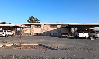 Building, 605 W Crest Dr, 0