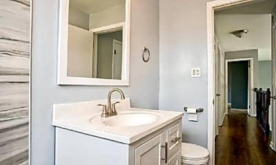Bathroom, 8602 N Osceola Ave, 1