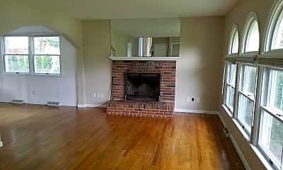 Living Room, 112 Simms Dr, 1